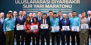 Uluslararası Diyarbakır Sur Yarı Maratonu'nun lansmanı yapıldı