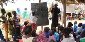 Uganda'daki Müslümanlar zor şartlar altında dinlerini yaşamaya çalışıyor