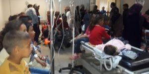 Ceylanpınar'da 90 öğrenci zehirlenme şüphesiyle hastaneye kaldırıldı