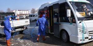 Tatvan'da toplu taşıma araçları Corona virüse karşı dezenfekte ediliyor