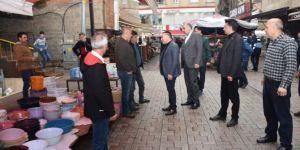 Diyarbakır Bağlar Belediyesi Başkanı Beyoğlu esnaf ve ev ziyaretleri gerçekleştirdi