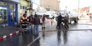 Ağrı'da caddeler ve ortak kullanım alanları dezenfekte edildi