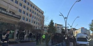 3 mayors from HDP dismissed over alleged terror links