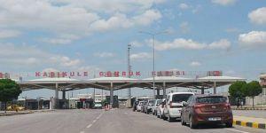 Coronavirus nedeniyle Türkiye'ye araçlarıyla dönenlere kolaylık