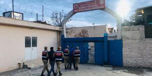Mardin ve Batman'daki PKK operasyonunda gözaltına alınan 2 kişi tutuklandı