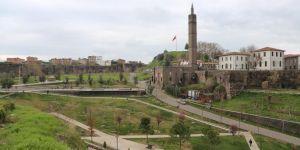 Diyarbakırlı vatandaşlar salgından dolayı yapılan uyarılara kulak verdi