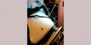 Viranşehir'de elektrik direğine çarpan otomobil sürücüsü ağır yaralandı