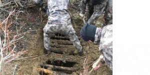 Bitlis kırsalında tespit edilen sığınakta yaşam malzemesi ele geçirildi