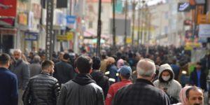 Ağrılılar Coronavirus çağrılarına uymadı, cadde ve sokaklar doldu taştı