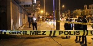 Adana Yüreğir'de gerçekleşen silahlı saldırıda 1'i ağır 2 kişi yaralandı