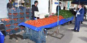 Diyarbakır Bağlar Belediye Başkanı Beyoğlu, semt pazarlarında denetimlerde bulundu
