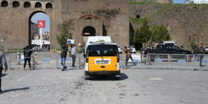 Covid-19 önlemleri kapsamında Diyarbakır Sur ilçesinde 4 kontrol noktası kuruldu