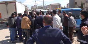 Semt pazarı kurulmayınca halk Diyarbakır Büyükşehir Belediyesine tepki gösterdi