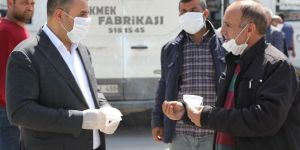 Silopi'de üretilen maskeler şoförlere dağıtıldı