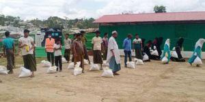 Umut Kervanı, Arakan'lılara gıda yardımında bulundu