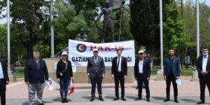 Gaziantep'te 1 Mayıs Covid-19 nedeniyle 9 kişiyle kutlandı