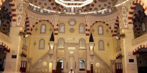 Ramazan'ın ikinci cumasında camiler yine sessiz kaldı