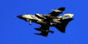 Suudi koalisyonu ilaç ve gıda taşıyan aracı bombaladı
