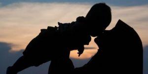 Annenin ruh sağlığı çocuğun geleceğini etkiliyor