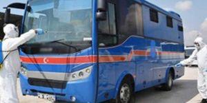 İzmir'de Coronavirus tedavisi gören 132 tutuklu taburcu edildi