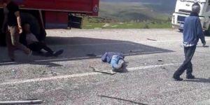 Bingöl'de sürücüsünün kontrolünü kaybettiği cip takla attı