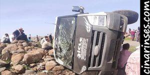 Çınar'ın Yeşiltaş Mahallesinde minibüs devrildi: 1 ölü