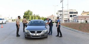 Adana halkı Ramazan Bayramı'nda uygulanan sokağa çıkma yasağına uyuyor