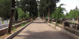 Siverek'te mezarlıklar bu bayram boş kaldı