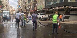 Diyarbakır caddeleri dezenfekte edilerek temizlendi