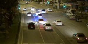 Sokağa çıkma yasağı bitmesiyle Adıyamanlılar araçlarıyla şehir turu attı