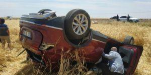 Siverek-Hilvan Karayolu'nda takla atan otomobil sürücüsü yaralandı