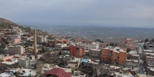 Kozluk'ta 5 bina karantinaya alındı