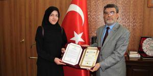Bitlis'te Covid-19 sürecinde hafızlık eğitimini tamamlayanlara belgeleri verildi