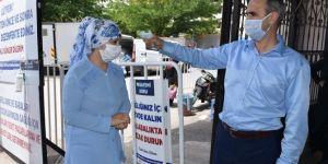 Gaziantep'te semt pazarlarında Covid-19 tedbirleri sürüyor