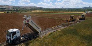 Gaziantep'te köy yolları genişletiliyor