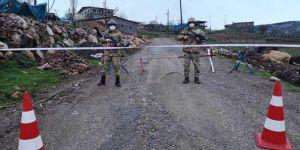 Karlıova'nın Geçitli köyünde karantina uygulaması
