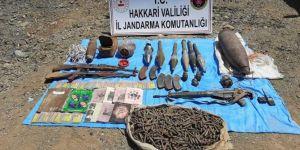Hakkâri'de PKK'ye ait silah ve mühimmat ele geçirildi
