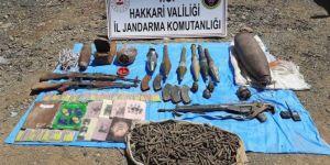 Hakkâri kırsalında PKK'ye ait çok sayıda mühimmat ele geçirildi