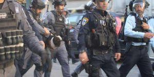 Siyonist işgal rejimi Batı Şeria'da 8 Filistinliyi esir aldı