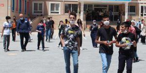 Van'da 32 bin öğrencinin girdiği LGS sınavı sona erdi