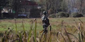 Hint askerlerinden Keşmir'deki sivillere saldırı: 1 şehid 2 yaralı