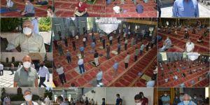 Siirtliler aylar sonra camide Cuma namazı kılmanın sevincini yaşadı