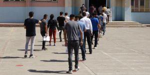 YKS'ye giren adaylar: Pandemi döneminde sınav biraz zor oluyor