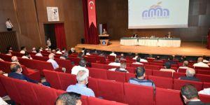 Malatya Valisi Baruş, muhtarlar ve STK'ların sorunlarını dinledi