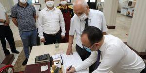 Elâzığ Valisi Erkaya Yırık'tan, valilik hizmet binasında bulunan birimlere ziyaret