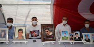Ailelerin HDP İl Binası önündeki evlat nöbeti 316 gündür devam ediyor