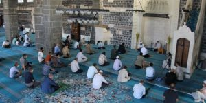 15 Temmuz şehitleri için Diyarbakır Ulu Cami'de mevlit okutuldu