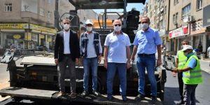 Vali Karaloğlu, yol yapım çalışmalarını inceleyip Cemil Paşa Konağını ziyaret etti
