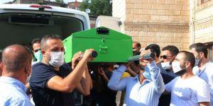 Katledilen üniversite öğrencisi Pınar Gültekin memleketi Bitlis'te toprağa verildi