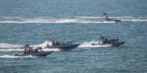 İran'da Devrim Muhafızları askeri tatbikat başlattı